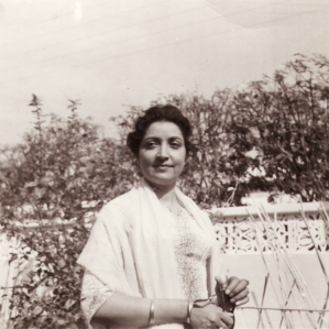 Photo by Partap Singh Ahdan, Lahore 1943